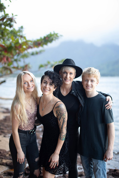 kauai family photos-106.jpg