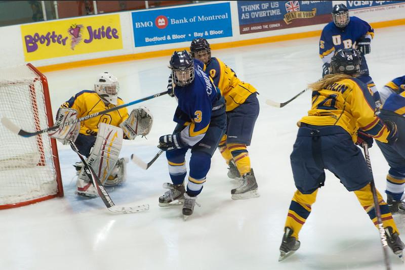 20130310 QWHockeyvsUBC 200.jpg