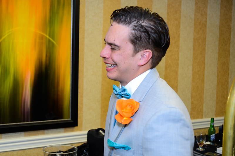 T Wedding-43.jpg