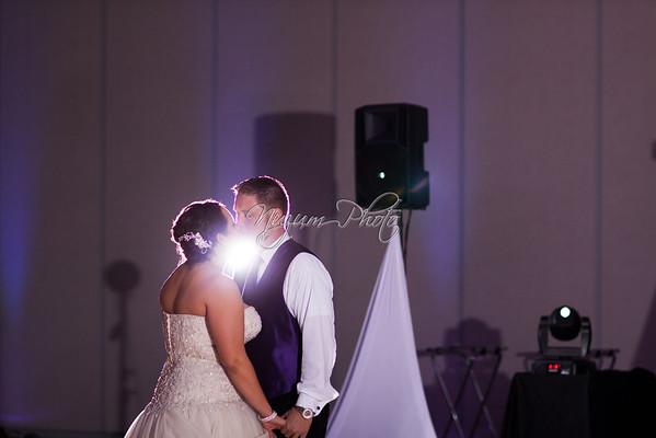 First Dance - Lisa and Josh