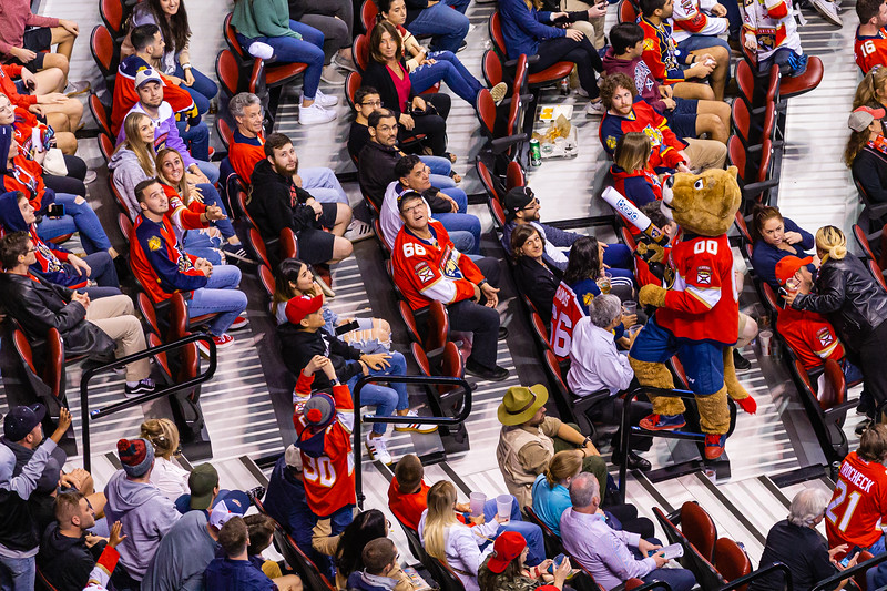Stanley C. Panther shoots t-shirts into the crowd with an air gun at the BB&T Center where the Panthers played the Vancouver Canucks on Thursday, January 9, 2020. The Panthers would go on to win 5-2. [JOSEPH FORZANO/palmbeachpost.com]