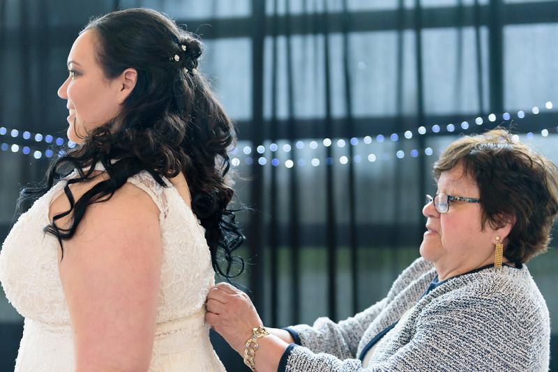 Bride&Bridesmaids_39.jpg