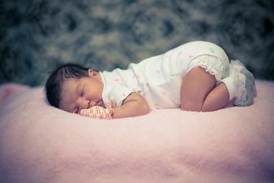 Baby Elsa Idalye