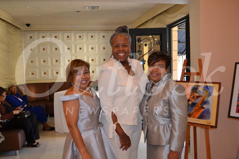 DSC_ Yvonne Hill, Alexis Abernathy and Hilarie Dyson 1435.JPG