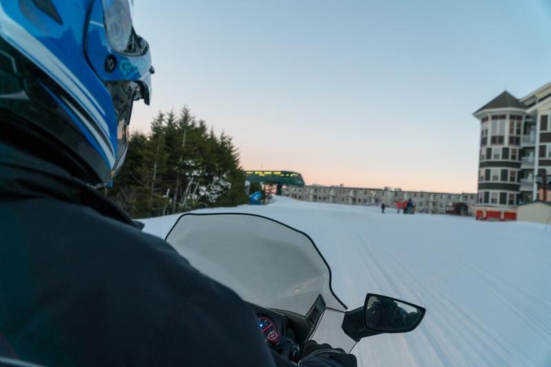 Snowmo POV.jpg