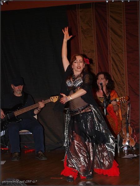 Ojai Bellydance 2010 140.jpg