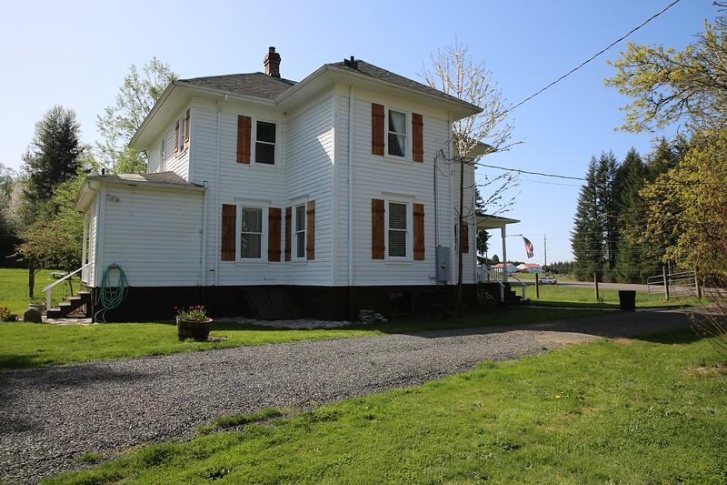 Sandy Farmhouse_54.JPG