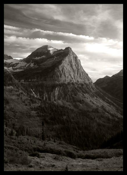 Glacier_HDR24BW.jpg
