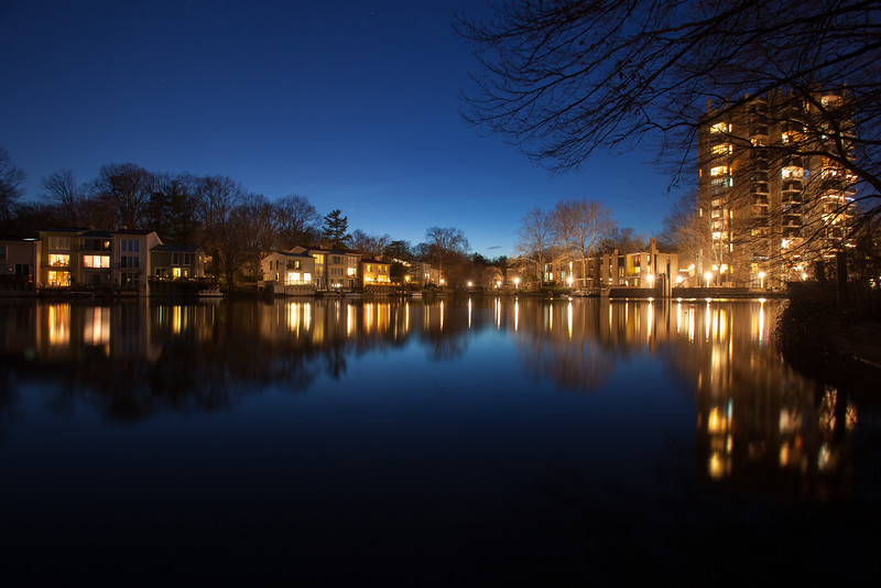 20160309 049 Lake Anne at night.jpg