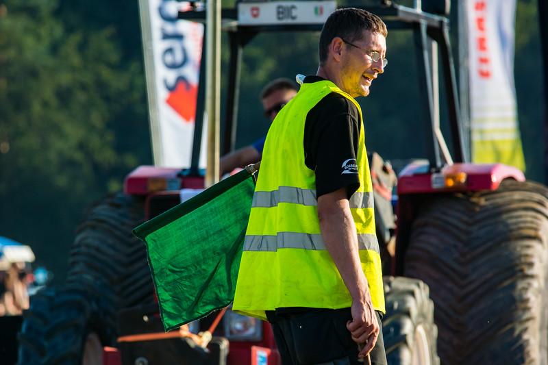 Tractor Pulling 2015-9040.jpg
