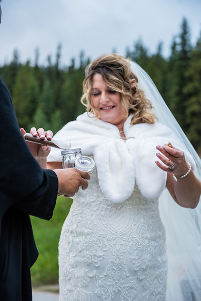 WeddingDay0369-810_0998.jpg
