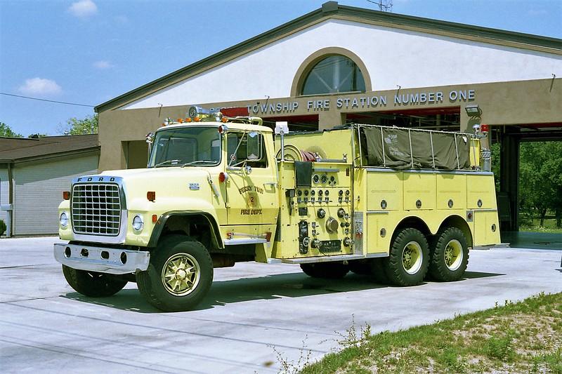 PERRY TANKER 62  FORD L8000 - ALFCO.jpg