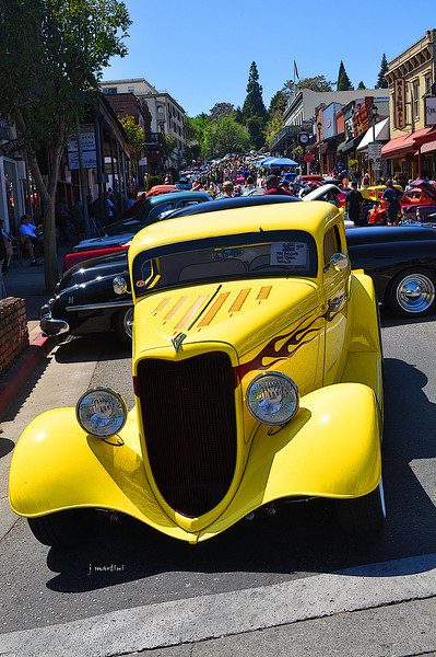 Grass Valley car show 4-27-2013.jpg