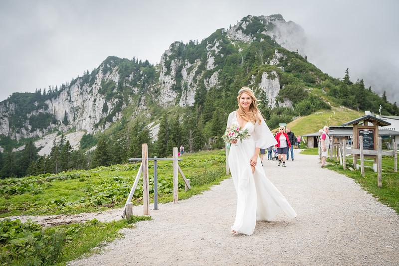 Hochzeit_Lisa_&_Fevzi_2019_Foto_Team_F8_C_Tharovsky-lowres-012.jpg