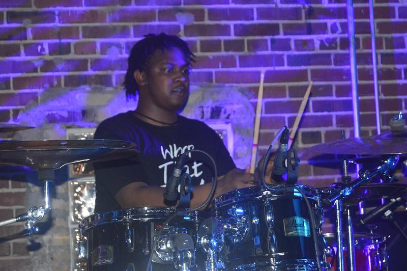 103 Al Kapone's drummer.jpg