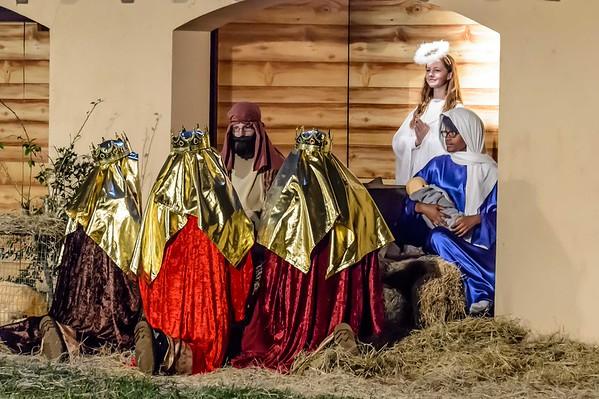 Living Nativity 12-18/19-2015