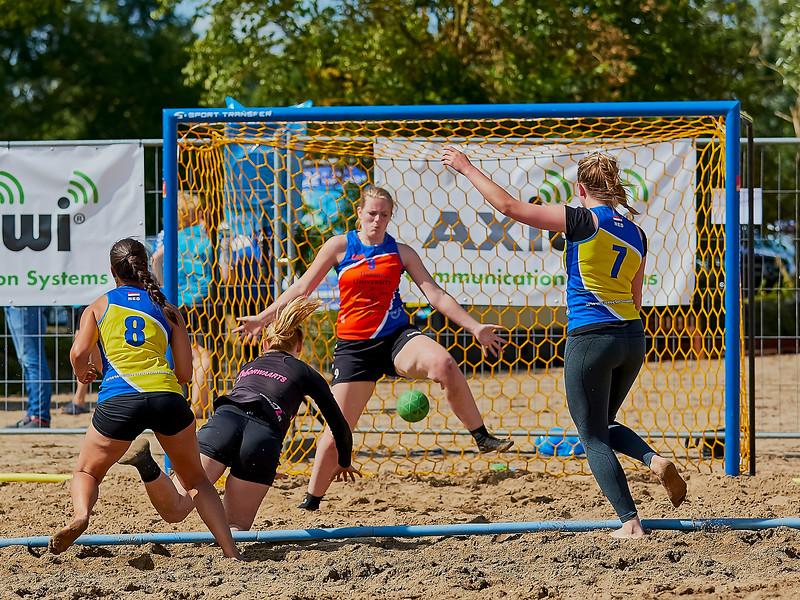 Molecaten NK Beach Handball 2016 dag 1 img 392.jpg