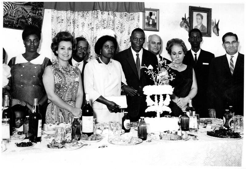 Casamento no Dundo de .....? e Nicolau .....? Maria João Santos David, Domingos Figueiredo, Noiva?, Nicolau, Bexiga, Emília Bexiga, ....? Santos David