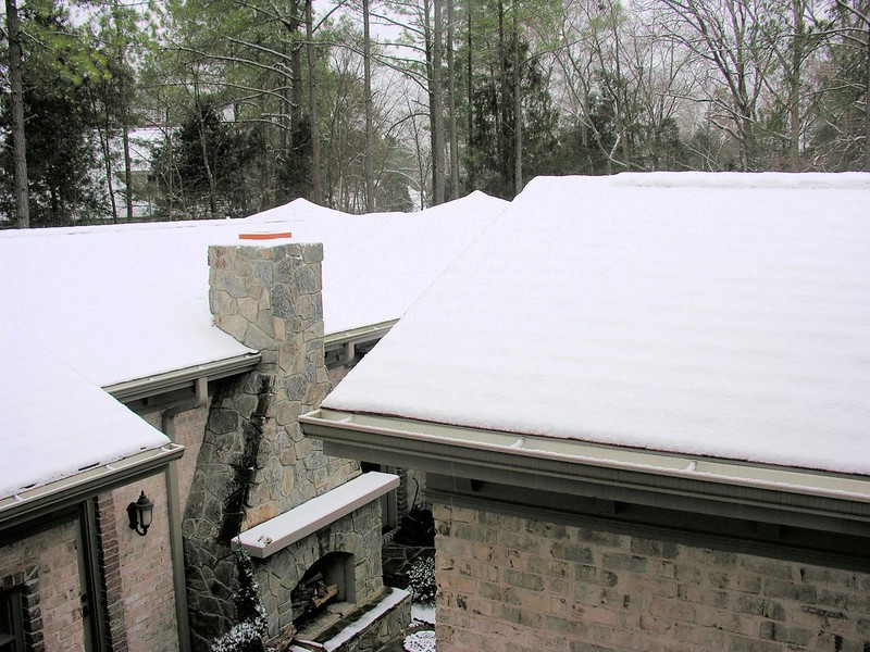 Chapel_Hill_snow__Jan_2007_001.jpg