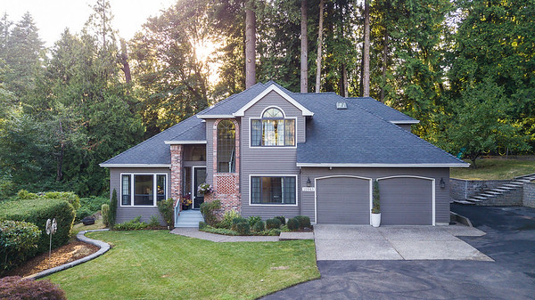 10943 SW Dover Ct.  Tigard OR