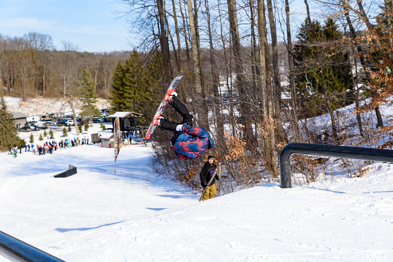The-Woods-Party-Jam-1-20-18_Snow-Trails-3708.jpg