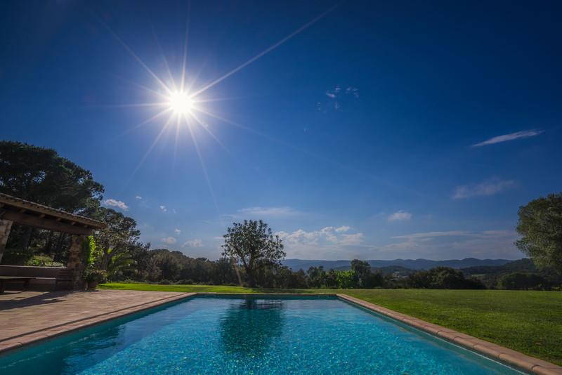 charming-villas-costa-brava-spain-1.jpg