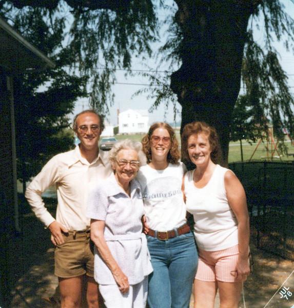 Ken, Nellie Mudge, Elaine and Vivian Konyha.jpeg