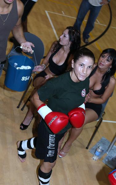 Tecia Torres Moncaio VS Tiffany Connell