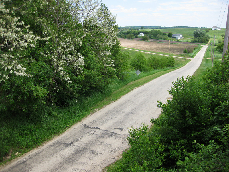 We certainly enjoy the trail, but can't help looking wistfully at those wonderful Wisconsin backroads, which are cycling heaven.
