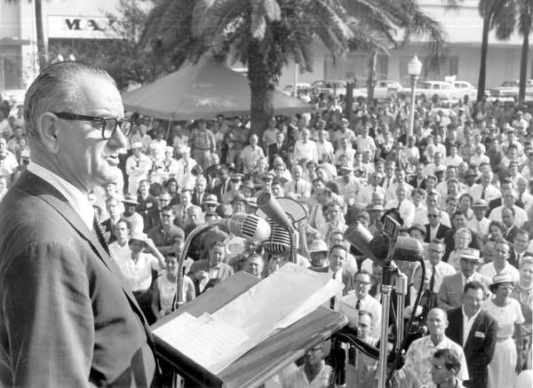 Lyndon Johnson-1960.jpg