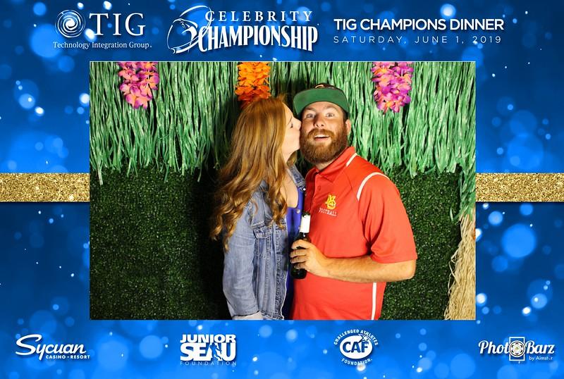 Celebrity Golf Sat Night63.jpg