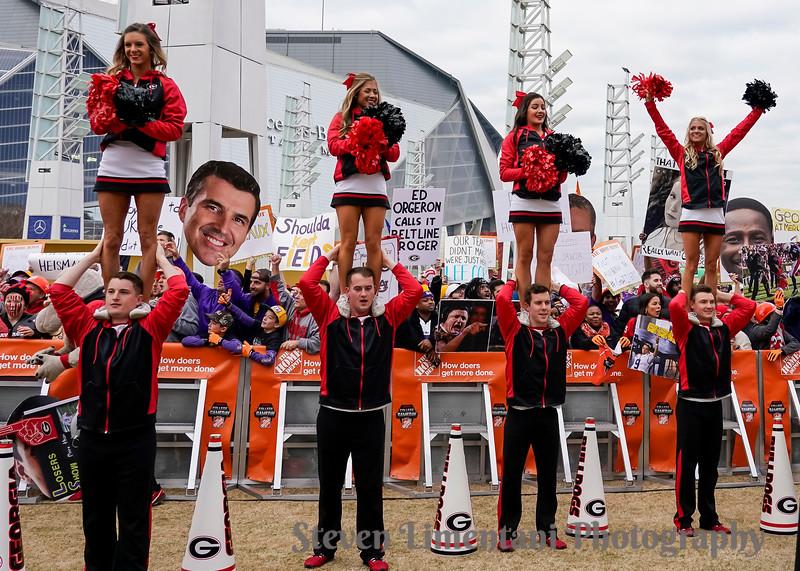 Georgia cheerleaders and fans
