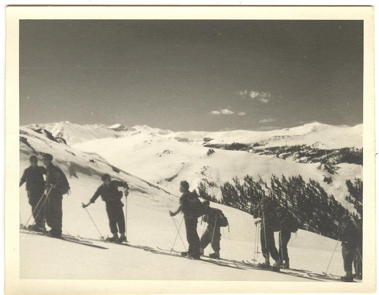 Sugarloaf 1944.jpg