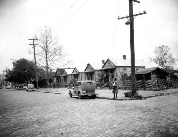 Davis Street homes - 1941.jpg