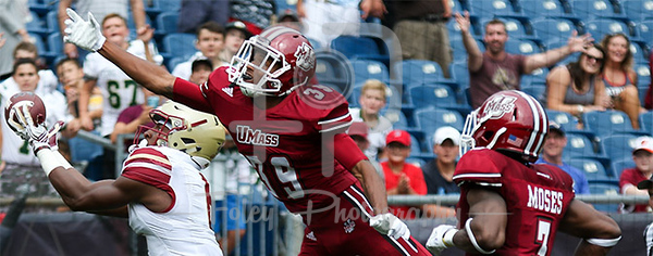 Boston College Eagles wide receiver Jeff Smith (6) Massachusetts Minutemen cornerback Isaiah Rodgers (39)