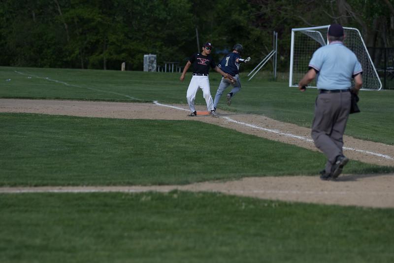 freshmanbaseball-170519-076.JPG