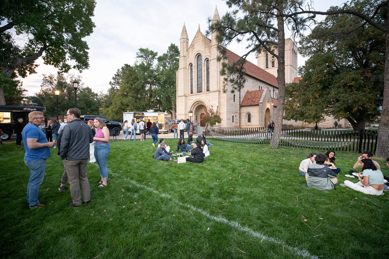 Homecoming and Family Weekend Celebration and Hockey Pre-Game Tailgate on Friday, October 8, 2021. Photo by Lonnie Timmons III / Colorado College.  10/8/21