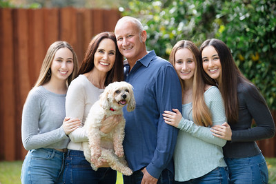 The Mail Family (Traditional Portrait Session)