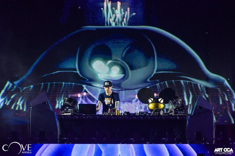 Deadmau5 at Cove Manila (12).jpg
