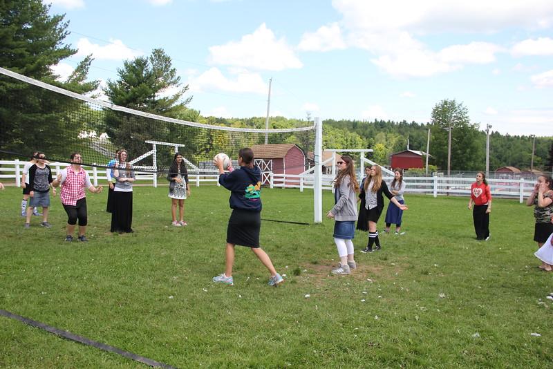 kars4kids_thezone_camp_GirlsDivsion_sports_volleyball (46).JPG