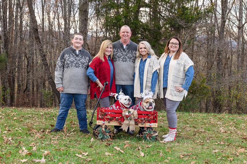 The Cash Family | Christmas Session in Buena Vista, VA