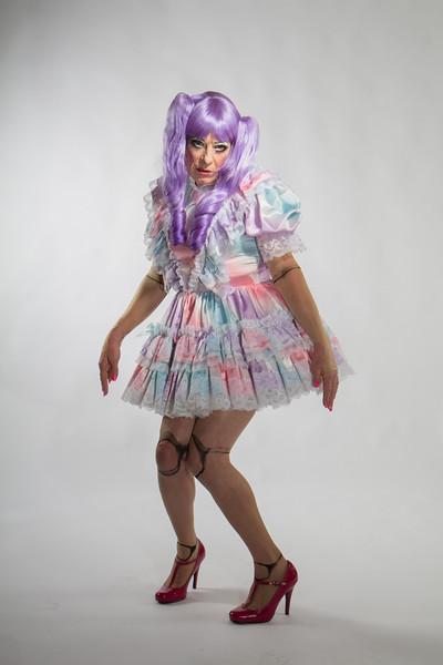 Julie-Doll-1-SmQ-Edits-Web-4360.jpg