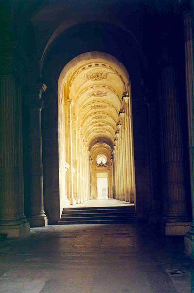 Hallway at the Louvre.jpg