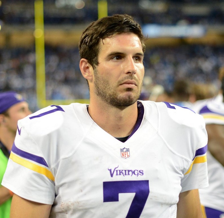 """. <p>1. CHRISTIAN PONDER <p>Sure, he sucked. He had plenty of company on that sideline. (unranked) <p><b><a href=\'http://www.twincities.com/sports/ci_24045264/lions-34-vikings-24-plenty-problems-ponder\' target=\""""_blank\""""> HUH?</a></b> <p>   <p>OTHERS RECEIVING VOTES <p> Moorhead High School yearbooks, Jeff Locke, twerking, Darius Reynaud, Notre Dame Fighting Irish, Scott Thorsen, Iran, Munchie Legaux, Danny Trevathan, Kevin Williams, New Mexico State Aggies, J.R. Smith, Tim Tebow, Michael Vick, Jacoby Jones, Rochus Misch, Texas Longhorns, Rush Limbaugh, Mark Sanchez, Dennis Rodman, Christian Hackenberg, South Carolina coaches, Olympic wrestling, Taylor Swift, Anthony Weiner, Dave Chappelle, Costa Rica soccer fans, �Vodka Samm.� <p> (Pioneer Press: Chris Polydoroff)  <br><p>Follow Kevin Cusick on <a href=\'http://twitter.com/theloopnow\'>twitter.com/theloopnow</a>."""