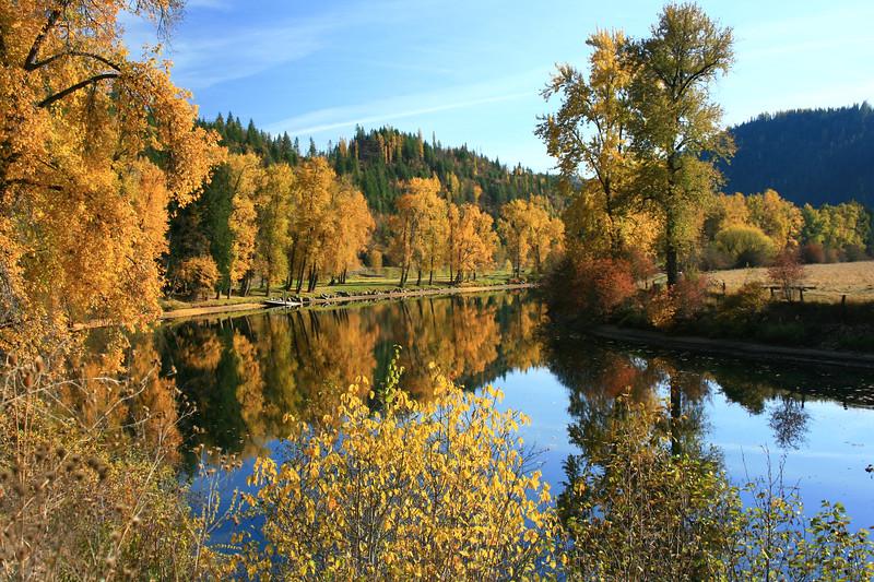 river between two lakes-1383.jpg