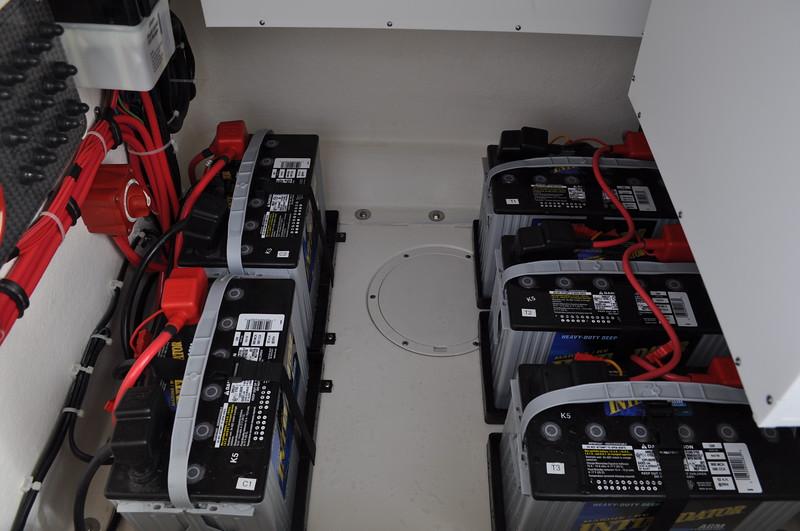 S249330-Deka Troll Batteries Group 24