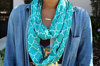 Holiday Gift Ideas for Travelers | Infinity Travel Scarf