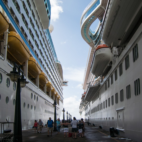 Canyon between ships