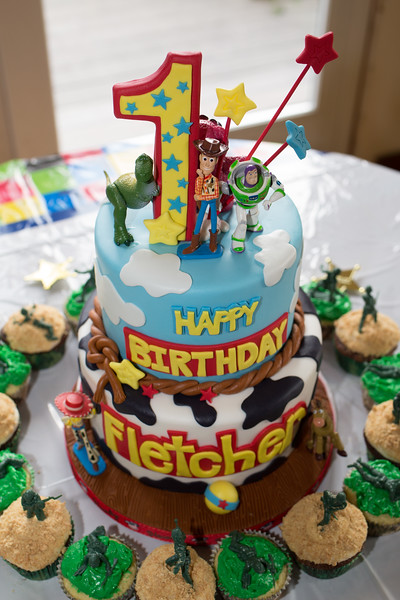 Fletcher_1st_B-Day_03.jpg