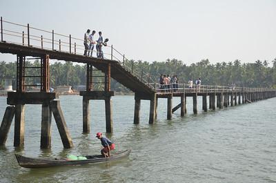 Kottapuram Foot Bridge 🔒